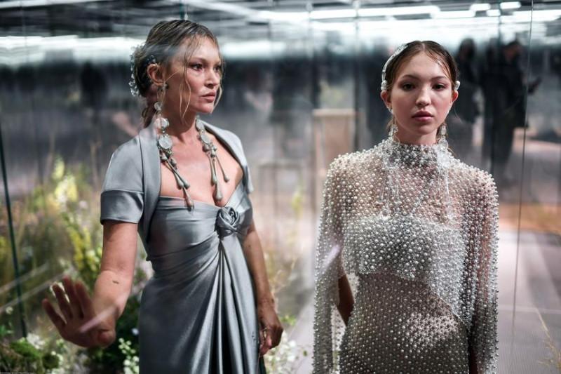 Кейт Мосс (слева) — моя самая любимая модель. Ее дочь (справа) ни о чем