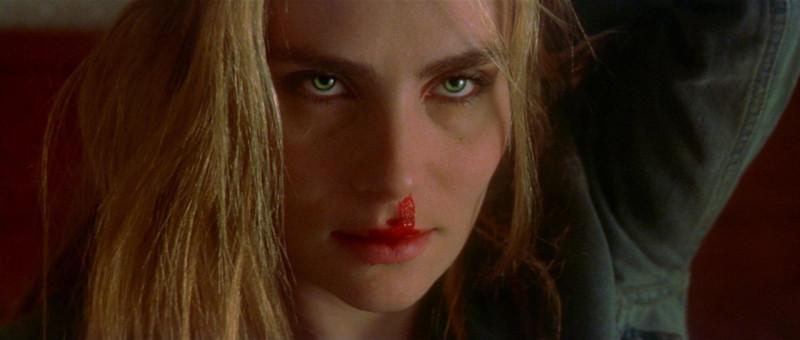 Эммануэль Сенье — одна из немногих женщин, воплотивших на экране образ Сатаны