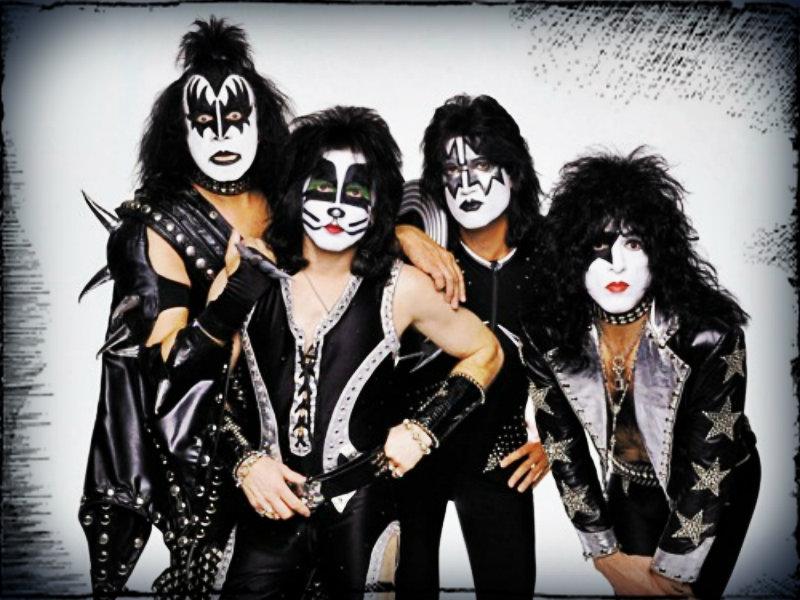 5-18-13 VOX Playlist - Kiss_Rock N Roll All Night