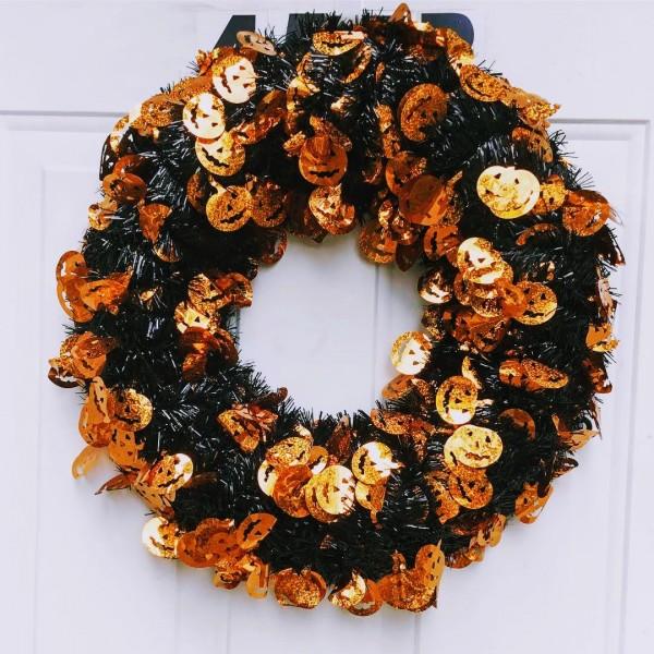 Halloween wreath.JPG