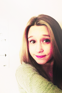 Taissa Farmiga Tumblr Icons