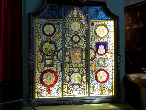 5-stained glass featuring the donor