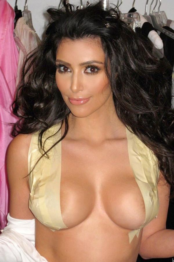 Kim kardashian tits #9