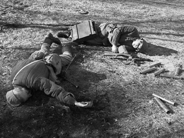 9 погибшие огановцыкадр из фильма ДВИМ Освобождение Ростова