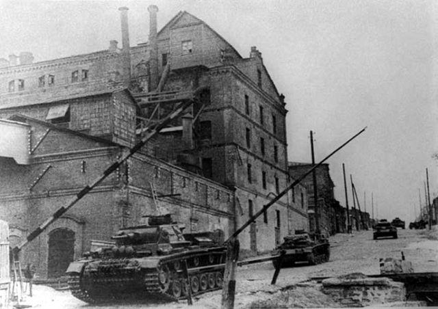 3 танки на 29-й линии