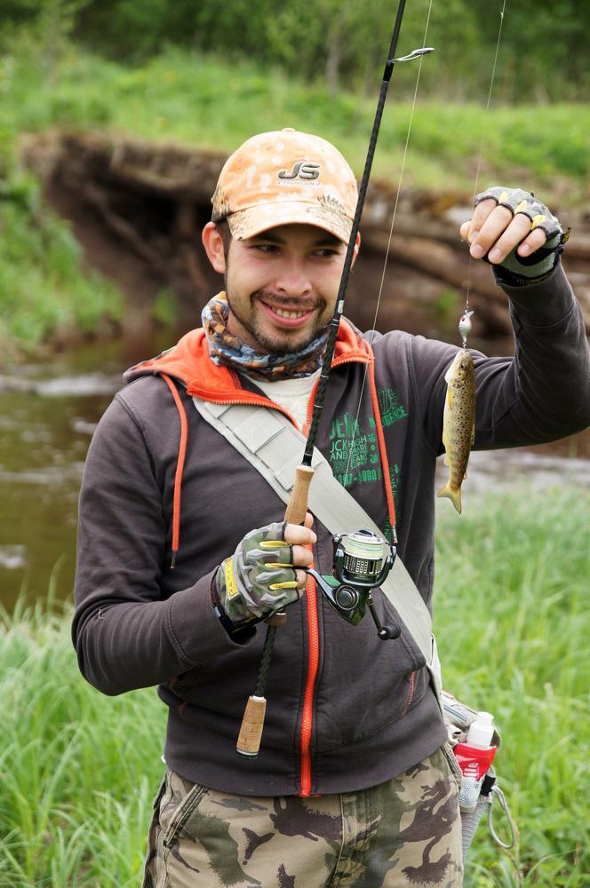 river_trout04