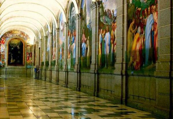 Монастырь и Собор Эскориала.jpg