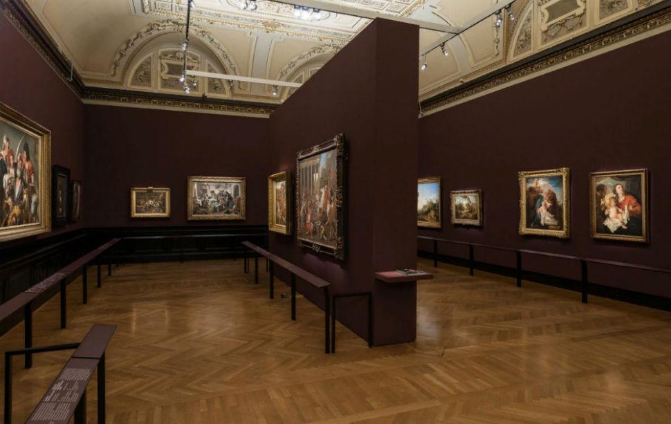 9-Экспозиция выставки.jpg
