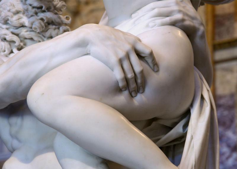 9-Скульптура_Джан-Лоренцо-Бернини_Похищение-Прозерпины-1621-22_04.jpg