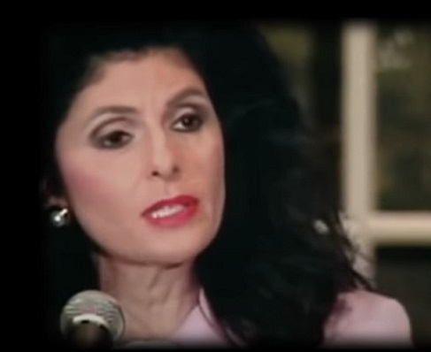 Глория Олред на пресс-конференции 2 сентября 1993 г