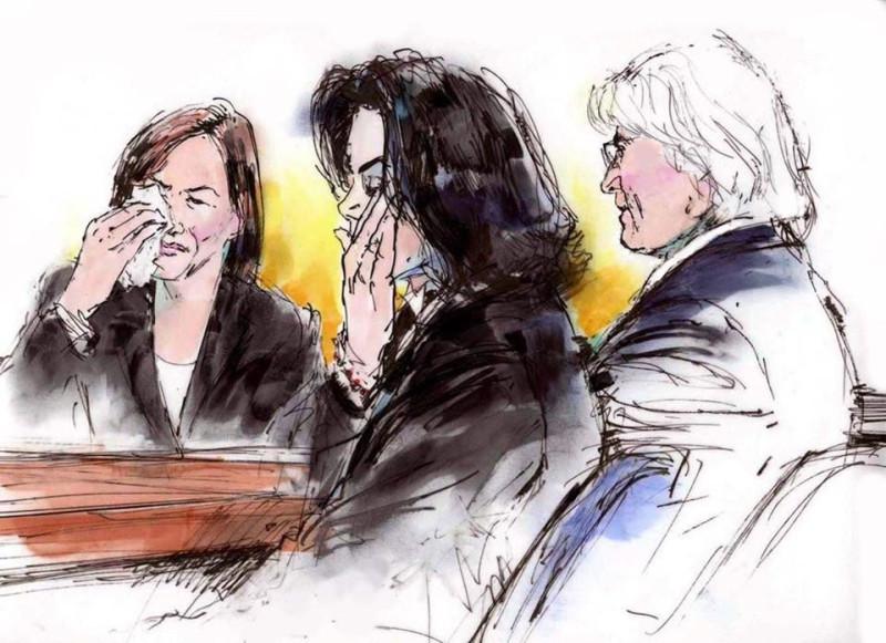 Майкл и его адвокаты во время оглашение вердикта присяжных.