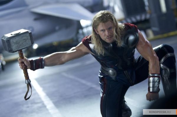 kinopoisk.ru-The-Avengers-1860576