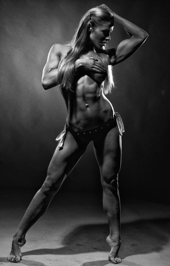 eroticheskie-foto-fitnes-modeley