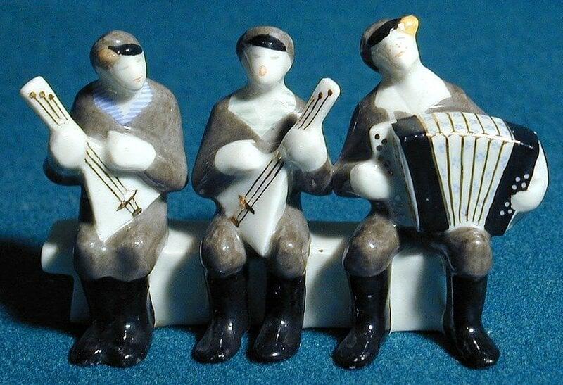 """Ярославские ребята 1966 Очень известны были, частушечники. В фильме """"7 невест ефрейтора Збруева"""" они были вставными номерами меду невестами."""