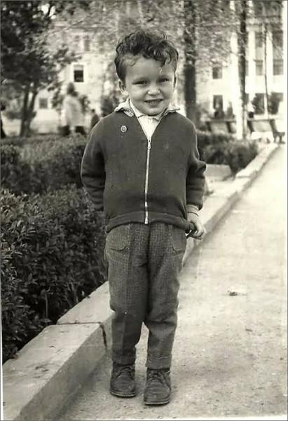 1966-й год, возле Дворца текстильщиков