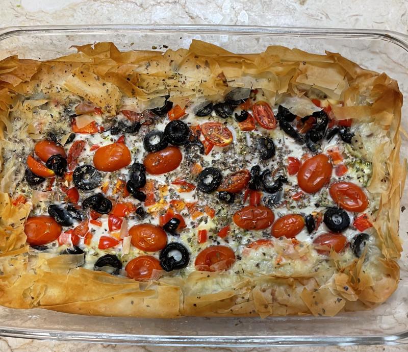 Греческий пирог. Рецепт могу дать.
