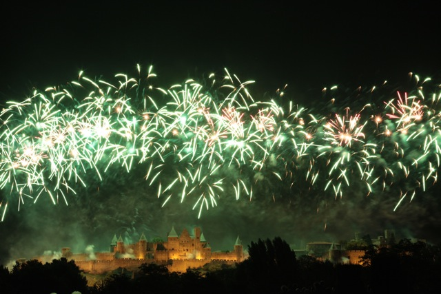 Bastille Day fireworks, Carcassonne 2012 - green