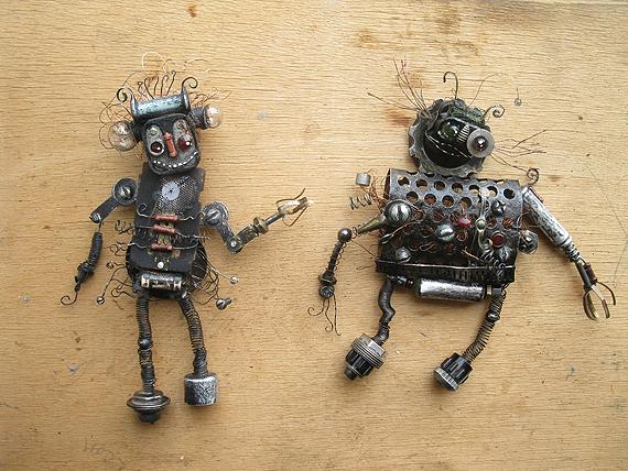 robot-16