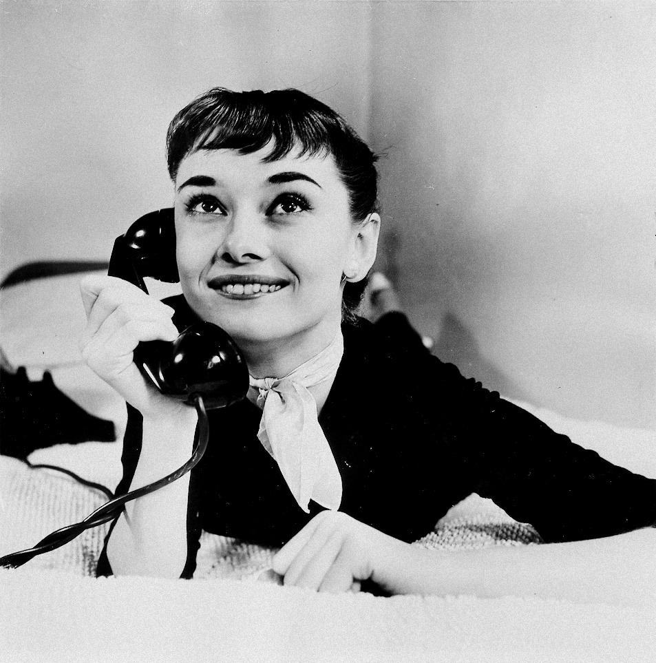 Audrey-Hepburn-audrey-hepburn-30086587-953-963