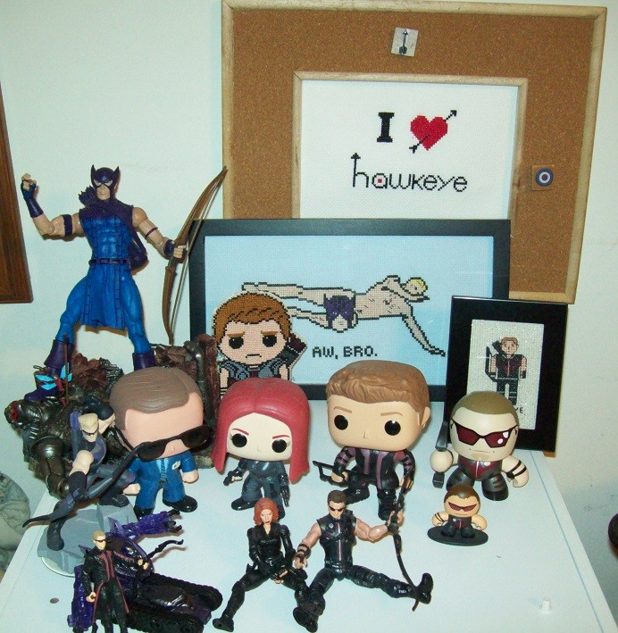 hawkeye shelf