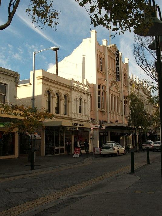Brisbane St 1