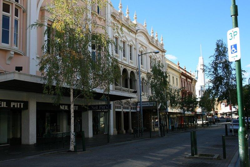 Top - Brisbane St