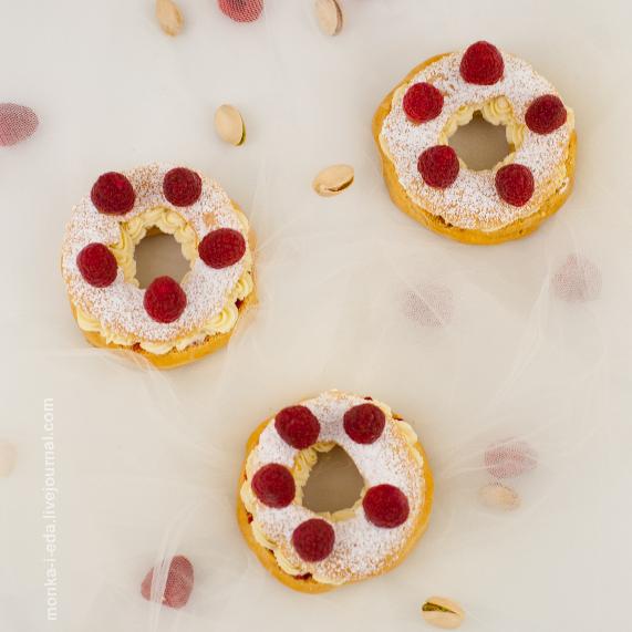 raspberry-pistachio Paris-Brest