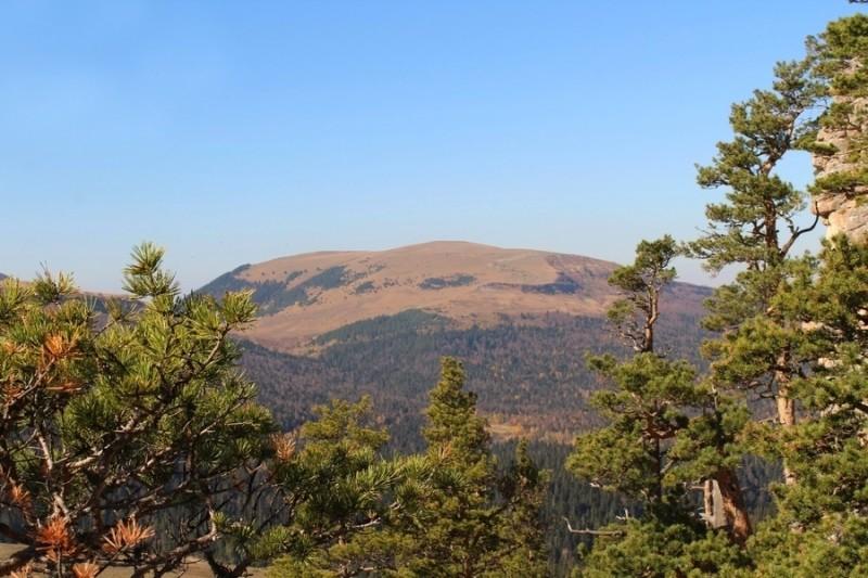 гора Мезмай, высота 1700 м