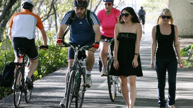 cyclists-v-pedestrians