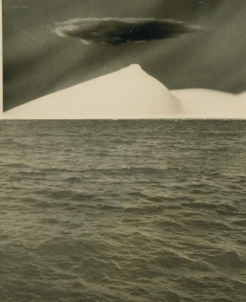 scenery-with-ocean-1940