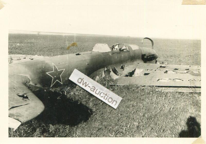 nf. Rgt. 171 , zerstörter russischer Panzer in Orel Orjol Орёл