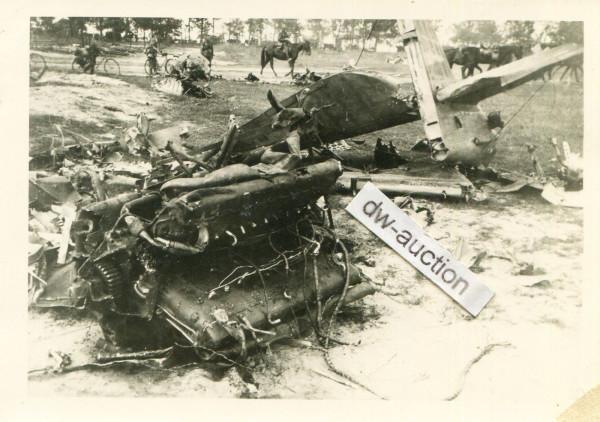 abgeschossenes russisches Flugzeug bei Briansk