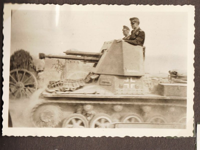 Fotoalbum von Eine Panzermann mit namnen Feldwebel Siegfried Girke  1
