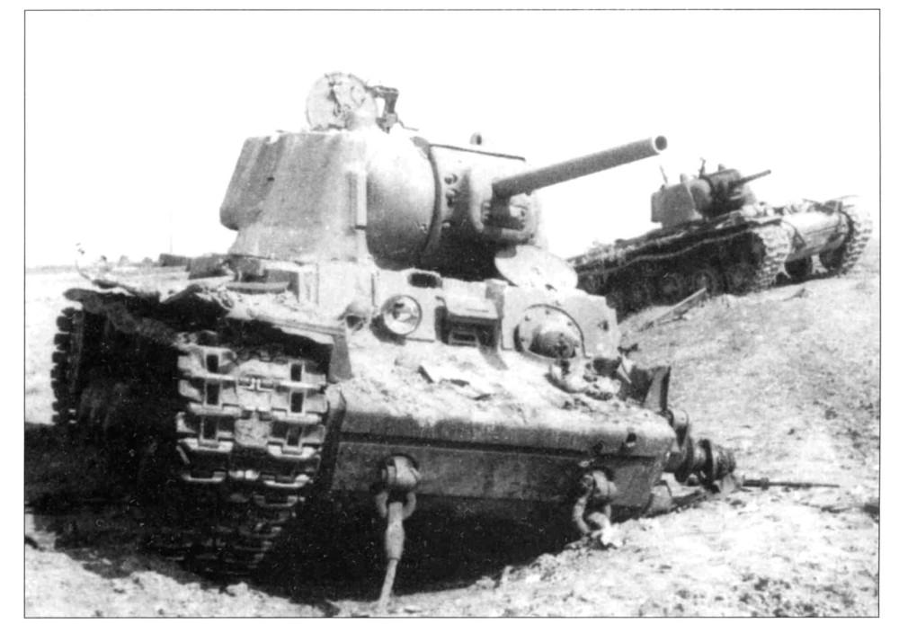 Подбитые танки КВ 10 тк под Белый Верх