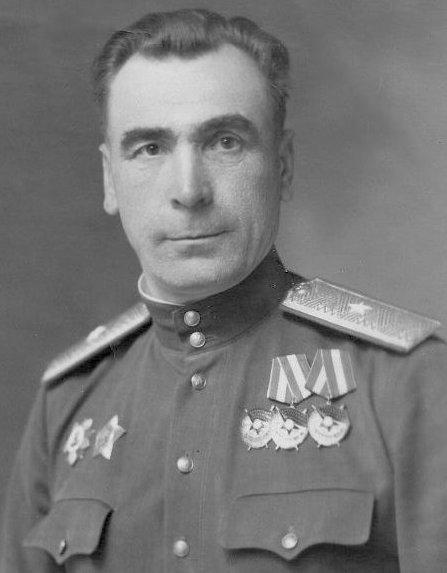 Полковник Даниловский Фёдор Семёнович, заместителя командира 387-й сд по строевой части