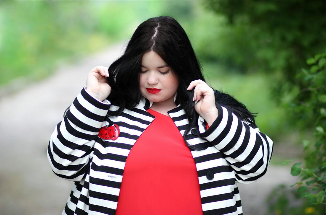 Фото просвечивающей груди через одежду