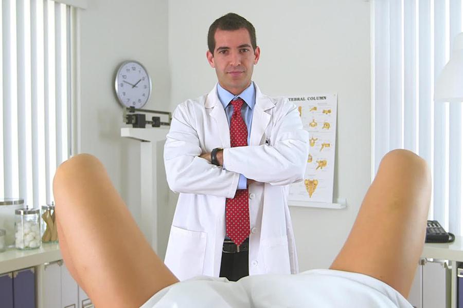 русское привел жену к гинекологу
