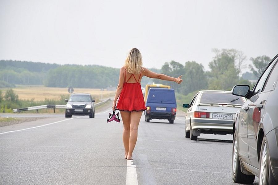 Сколько процентов дохода россияне готовы отдать проституткам?