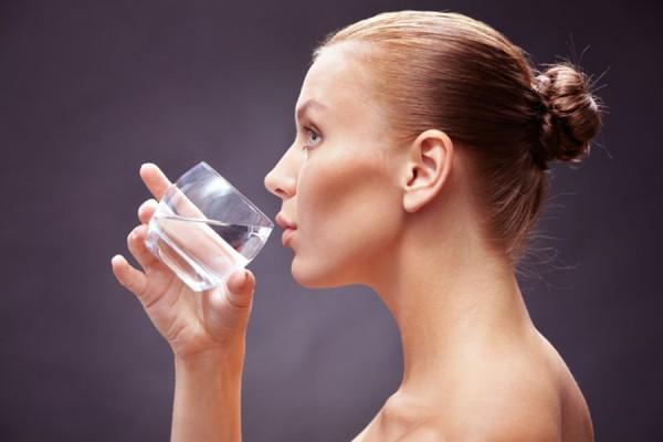Терпела ради стакана воды