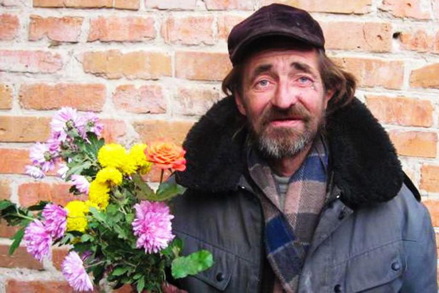 «Бездомные» мужчины не должны заводить отношения?