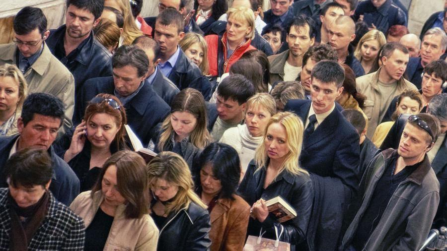 Откуда берутся люди с унылыми лицами?