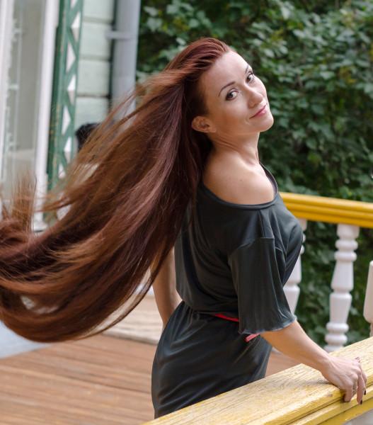 Люда волосы