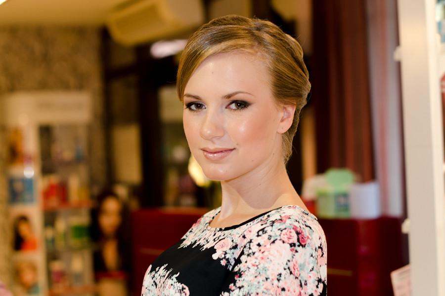выпускница 2014 прическа