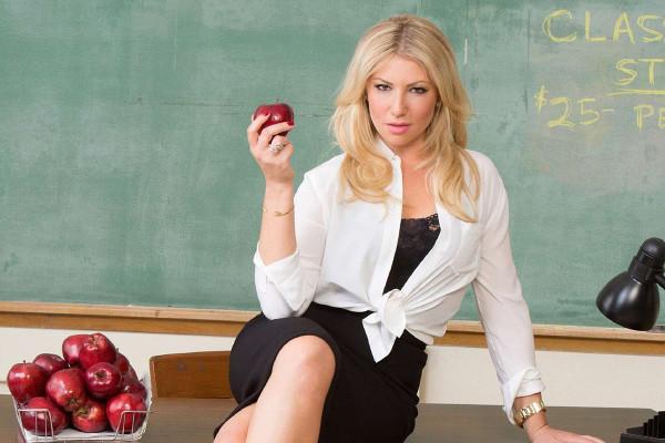 Ari-Graynor-Bad-Teacher