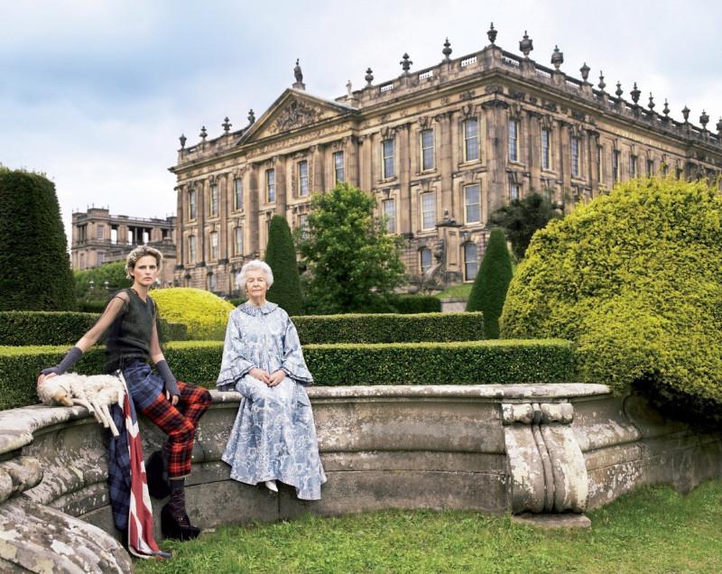 С бабушкой герцогиней Девонширской, ноябрь 2010 года