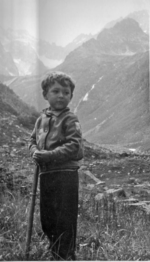 Дима в горах, 4 года