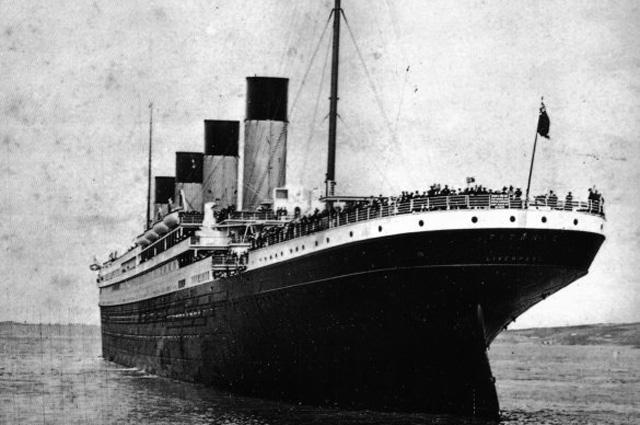 Вид на корму «Титаника» с борта «Америки», 1912 г.