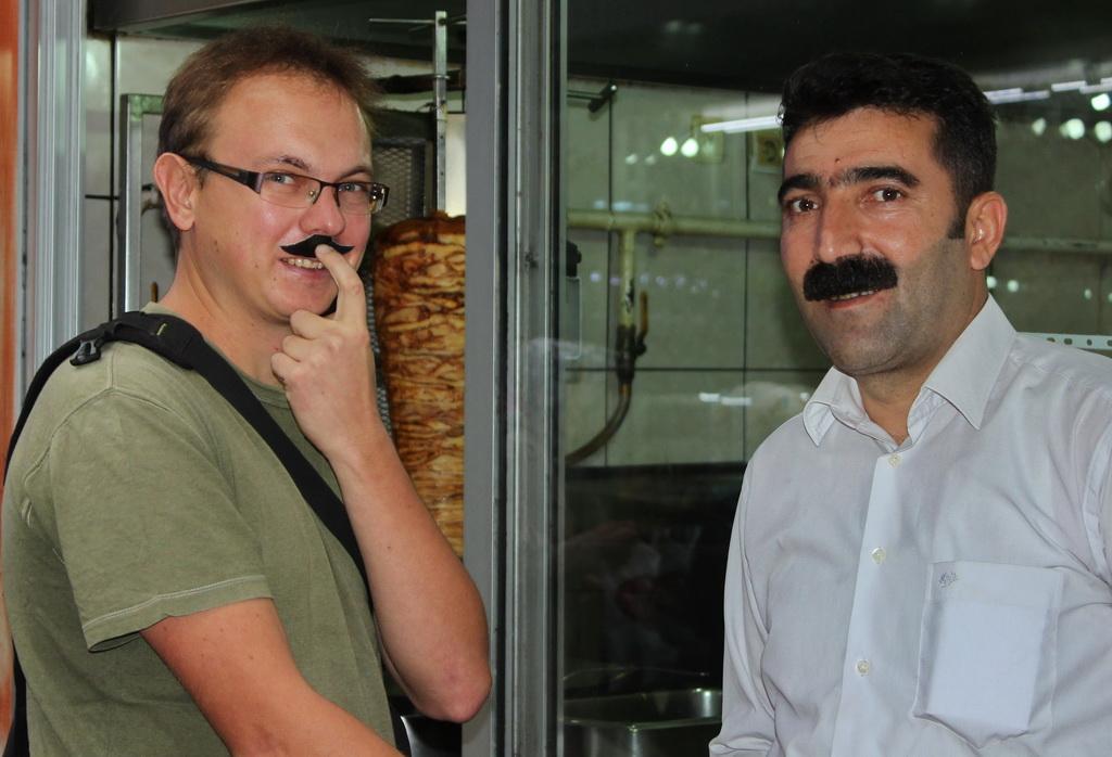 mustache_23