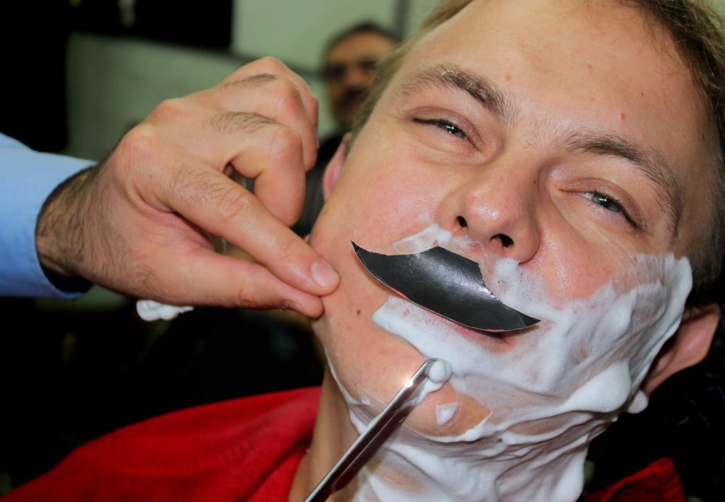 mustache_35