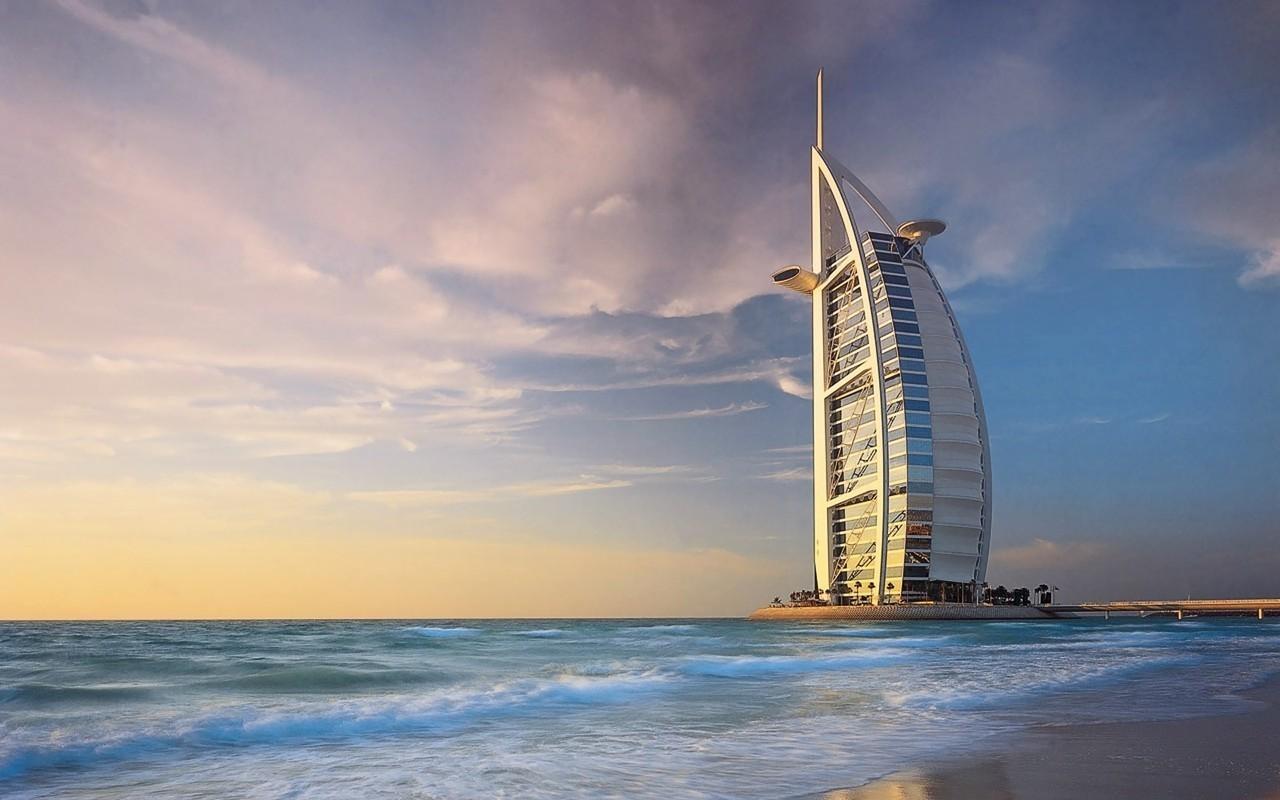 Отель Burj Al Arab (Бурдж аль-Араб) в передаче Мегасооружения